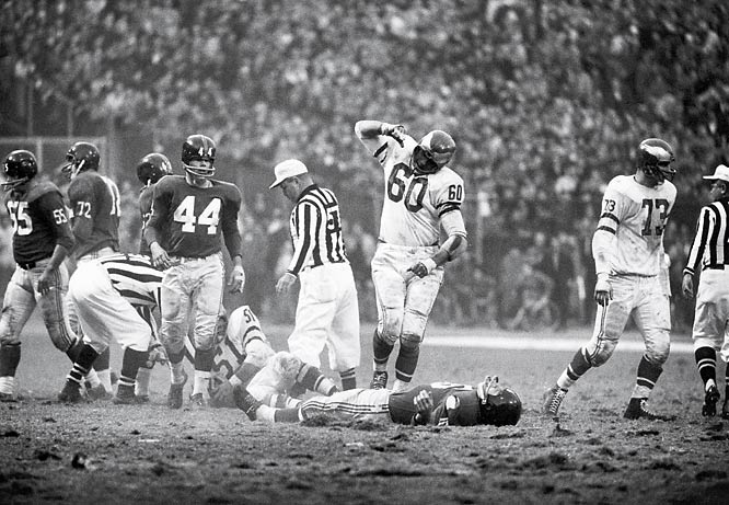 With both teams playing in the same division since 1933, the rivalry is full of animosity: Chuck Bednarik blindsided Frank Gifford in 1960, sending Gifford into an 18-month retirement.