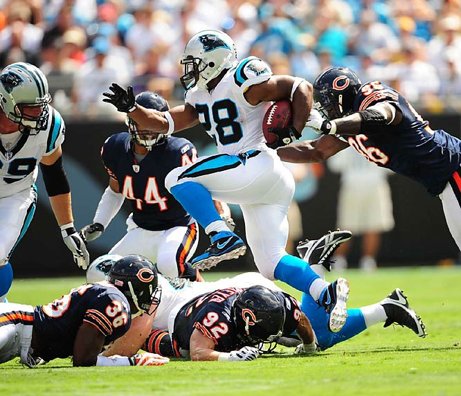 Rookie running back Jonathan Stewart helped Carolina beat the Bears 20-17, giving the Panthers an unlikely 2-0 start to the season.