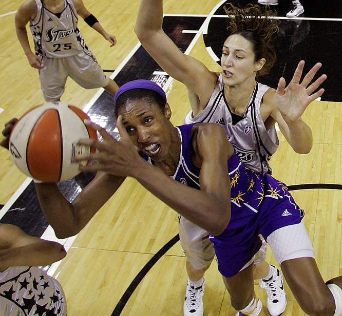 The WNBA's Defender of the Year averaged 8.9 rpg and 15.1 ppg in the Sparks run to the Western Conference finals.