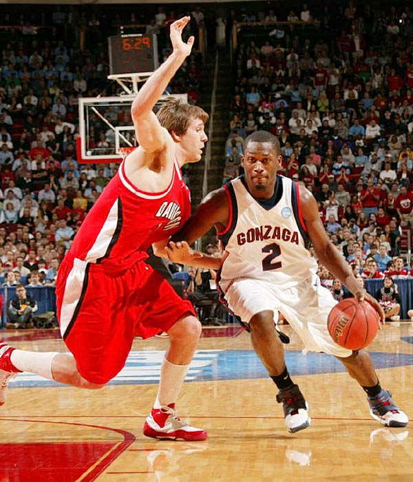 Pargo (12.1 ppg, 6.0 apg), pictured, pulled his name out of the NBA Draft after failing to get a first-round guarantee, but he and Bouldin (12.6 ppg) are both future second-round picks. Gray, meanwhile, was a lethal long-distance shooter as a role player in '07-08, hitting 46.3 percent of his treys.