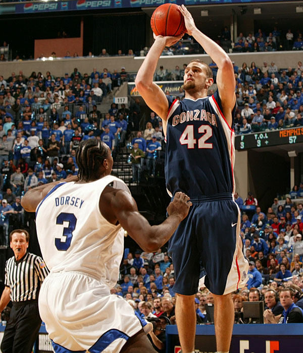 Daye (10.5 ppg, 4.7 rpg), who might be the most skilled 6-foot-10 player in the country, is projected as a future NBA lottery pick. Heytvelt, pictured, (10.3 ppg, 4.9 rpg) was a star prior to his drug-related suspension in '06-07, but has yet to recapture that magic. The 'Zags need him to be a beast in the paint in order to be a legit top-10 team.