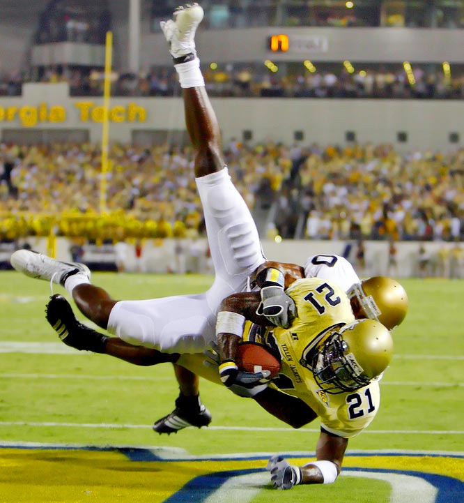 Calvin Johnson almost singlehandedly led the Yellow Jackets through to the ACC championship and Gator Bowl (both of which Georgia Tech lost).  He was awarded the Biletnikoff Award, ACC Player of the Year, and was a two-time All-America.