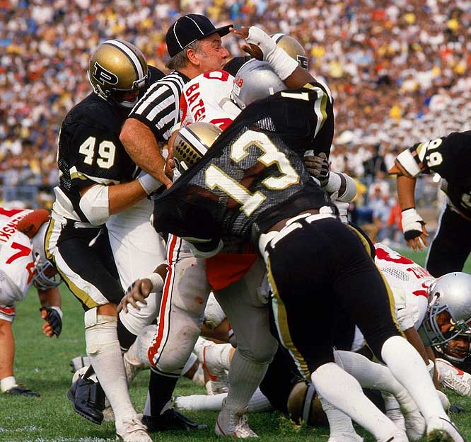 When Big Ten rivals Purdue and Ohio State met in 1984, one ref forgot to get out of the action.