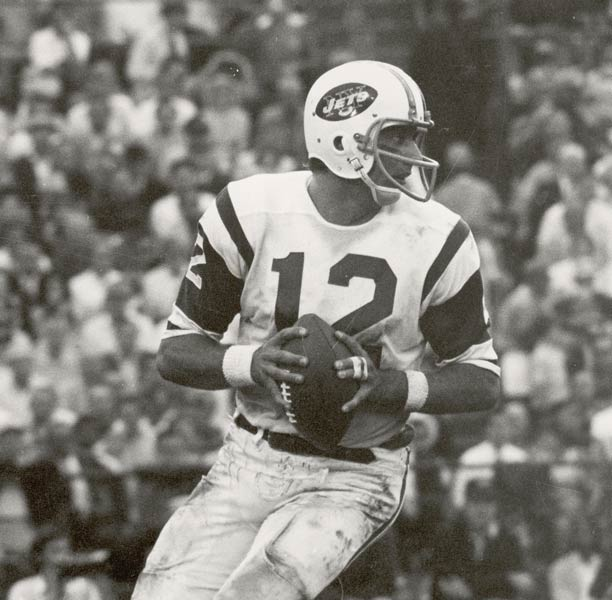 The Jets retire Joe Namath's No 12 jersey and beat Miami, 23-7, on Monday Night Football.