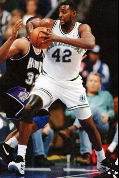 Dallas' Roy Tarpley becomes the seventh player to be banned from the NBA under the league's anti-drug agreement. He returned to the Mavericks briefly in 1994, but was again banned for drug use.