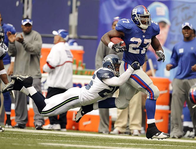 Brandon Jacobs (pictured) ran for two touchdowns, Eli Manning threw for two more and the unbeaten Giants scored on their first five possessions in a 44-6 rout of the Seattle Seahawks.