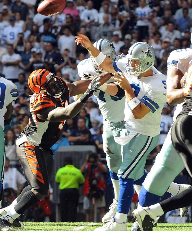 Romo and the Cowboys let a 17-point lead dwindle to one before pulling out a 31-22 victory over the still winless Bengals. Romo completed 14 of 23 passes for a season-low 176 yards.