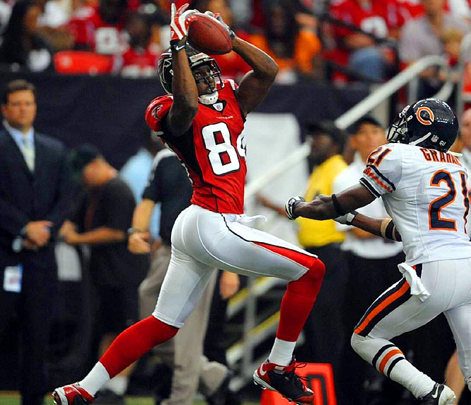Roddy White makes a catch against Bears cornerback Corey Graham in the second half of a 22-20 victory for the Falcons.  White caught nine passes for 112 yards and a touchdown, and he is the second leading receiver in the NFL with 566 yards through Week 6.