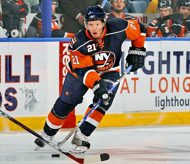 The best reason to watch the Isles this season may be to follow the progress of the team's top prospect. Okposo, the seventh overall pick from 2006, likely accelerated his development by leaving the University of Minnesota at midseason. He scored a couple goals and displayed a nasty physical edge in a nine-game cup of coffee, whetting fans' appetites for something bigger in his first full season. He'll be given every chance to make an instant impact with first-line minutes.