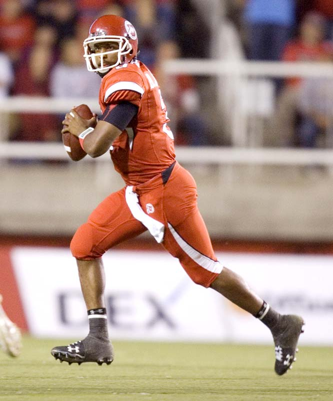 Brian Johnson had a far greater impact on the Utes' comeback win than his stats suggest (201 passing yards, 1 TD). His sprint-rollout, fake-pass, dead-sprint to the end zone score for two points (immediately after a TD pass) spared Utah the obligation for a desperation onside kick late in the game ... which eventually paved the way to their game-winning field goal drive (also led by Johnson).