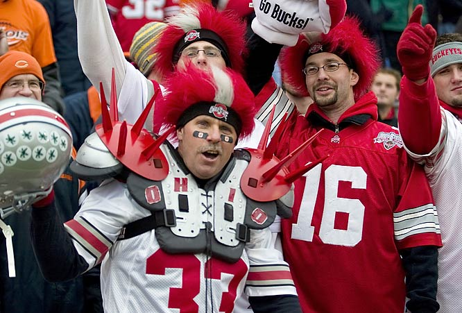Ohio State fans haven't given up their BCS dreams quite yet, and they're still coming out in full force -- and full gear -- to support their Buckeyes.