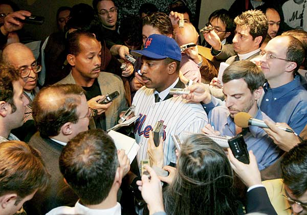 The Mets introduced Willie Randolph as the franchise's 18th manager.