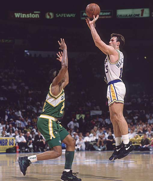 Sarunas Marciulionis and Alexander Volkov become the first players from the Soviet Union to participate in a regular season NBA game.