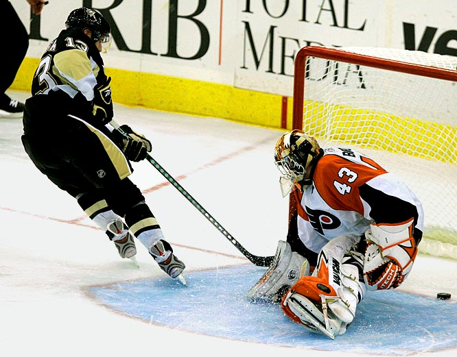 The University of Minnesota standout turned pro after his junior year, but was ticketed for development in the minors. Long-term injuries to Sergei Gonchar and Ryan Whitney altered those plans, and Goligoski found himself manning the power play for the high-octane Penguins. Playing with Sidney Crosby and Evgeni Malkin agrees with him. Goligoski leads all rookie defenders with three goals and seven points.