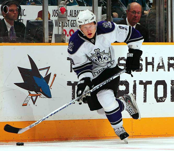 He's quietly established himself as key component of the Kings' rebuilding effort. Watching him, it's hard not to think of another Bruin: Patrice Bergeron. Both are creative, fast and feisty. Like Bergeron, Moller's rapid adaptation to the NHL makes it hard to believe that 30 teams passed on him in the 2007 draft. Like Bergeron, Moller is small by today's standards (listed at 5-11, 180). Strong and confident, he's earned a spot on the second line with Alexander Frolov and Jarret Stoll.