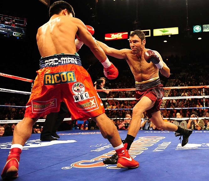 De La Hoya, the most popular fighter of his generation and also the richest and most marketable star in the sport over a 16-year span, won just one round.