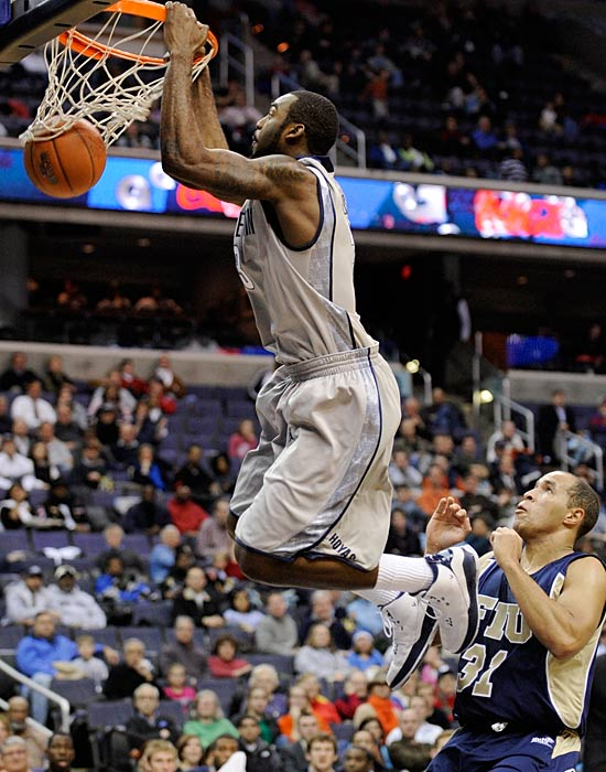 The Hoyas face their second physical game of the week when Levance Fields, Sam Young and company head down to DC for an early look at what could be two Big East contenders.  Da'Juan Summers (pictured) is putting up 14.4 ppg for the Hoyas while Sam Young is averaging 20.