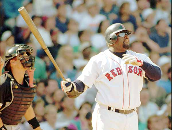 Nick Buoniconti (1940)  Jim Leyland (1944)  Art Howe (1946)  Jerry Ball (1964)  Keith Askins (1967)  Mo Vaughn (1967, pictured)  Wayne Simmons (1969)  Lawrence Funderburke (1970)  Eric Bjornson (1971)  Rodney Harrison (1972)
