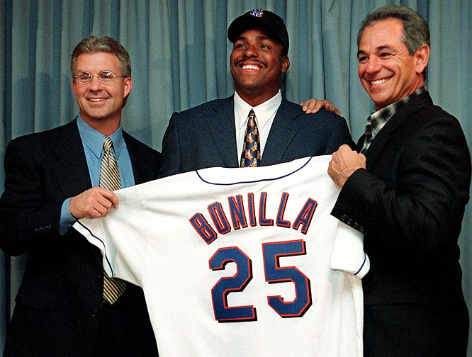 After finishing third in the MVP race, Bobby Bonilla signs a record five-year, $29 million contract with the New York Mets.