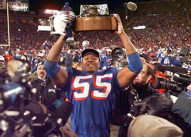 Stu Jackson (1955) <br>Derek Bell (1968)  <br>Errict Rhett (1970) <br>Willie McGinest (1971, pictured) <br>Francisco Rodriguez (1972)  <br>Daniel Alfredsson (1972)  <br>Shareef Abdur-Rahim (1976)