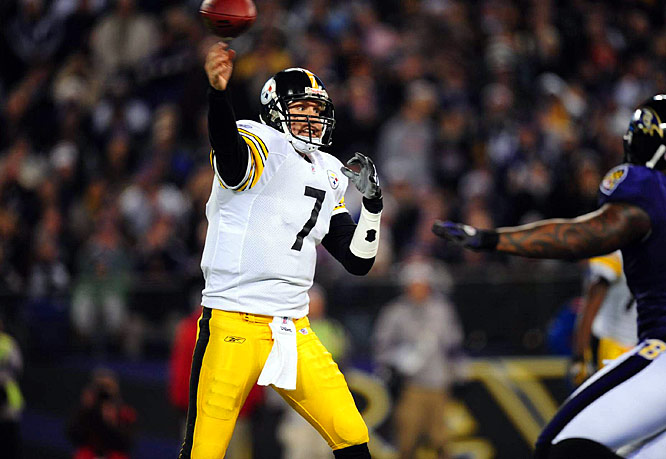 For the second consecutive week, Big Ben helped led the Steelers to a fourth quarter comeback against one of the NFL's elite teams. Down 9-6 heading into the fourth, Pittsburgh marched 92 yards for the game's only touchdown. Roethlisberger was 7-for-11 for 89 yards on the drive, which he capped with a four-yard scoring pass to Santonio Holmes.
