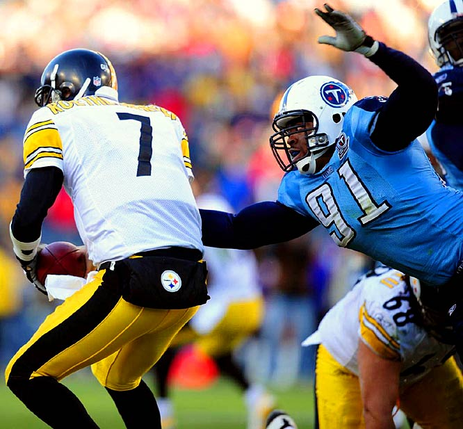 Playing for the injured Albert Haynesworth, Jones had 3 1/2 sacks and forced Ben Roethlisberger into three fumbles as the Titans earned a hard-fought 31-14 victory and clinched homefield in the AFC.