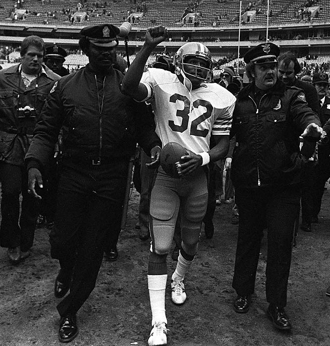 Prior to the 1978 season, Simpson was traded to San Francisco for a second-round draft choice. At this point, however, O.J. was past 30 and his skills were diminishing. By the end of his 11-year career, Simpson rushed for 11, 236 yards, placing him second on the NFL's all-time rushing list.