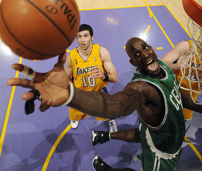 Kevin Garnett beats the Lakers to a rebound in Game 4 of the NBA Finals.