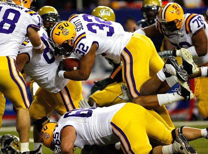 This season didn't go quite as planned for the defending national champions, but the Tigers finished it with a stunning 35-point blowout of Paul Johnson's up-and-coming Yellow Jackets. LSU RB Charles Scott led the charge on offense, rushing for three touchdowns.