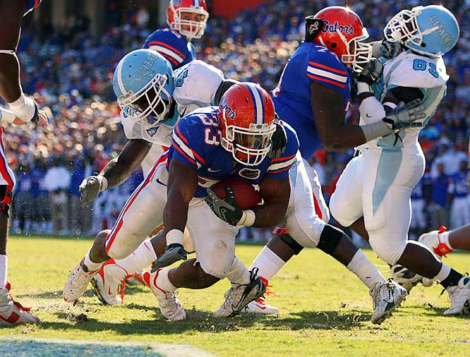 In their final home game of 2008, the Gators blew past the overmatched Bulldogs, scoring touchdowns on their first seven possessions and racking up 705 yards of offense. Nine players made it to the end zone for Florida.