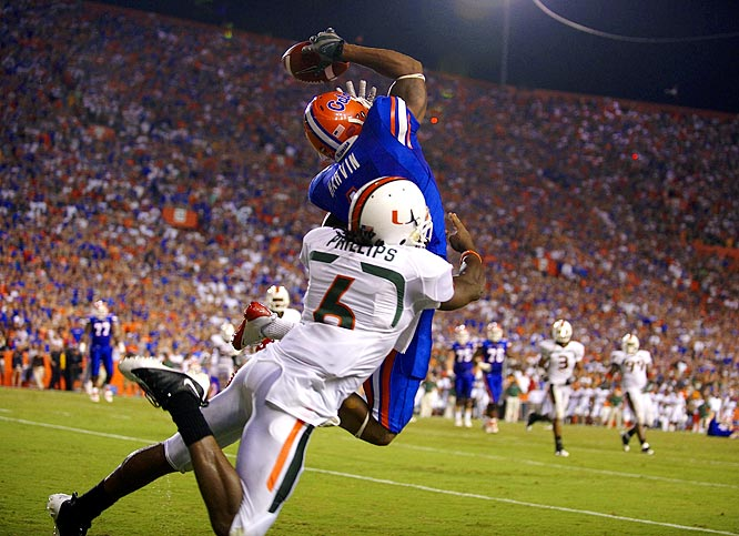 The Hurricanes hung around for three quarters, but Florida pulled away with a 17-point fourth quarter. The Gators' young defense made a statement against their Sunshine State rival, holding the Hurricanes to 140 total yards offense. Florida snapped a six-game losing streak to Miami that stretched to 1986.