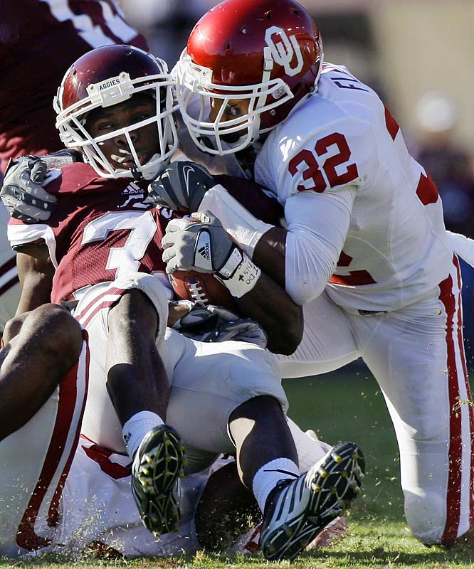 The Sooners set a single-game scoring record for an opponent at legendary Kyle Field and outgained the Aggies by 375 yards on offense (653 to 278). Sam Bradford threw touchdown passes to four receivers, while Chris Brown ran for 117 yards and three touchdowns on just 13 carries.