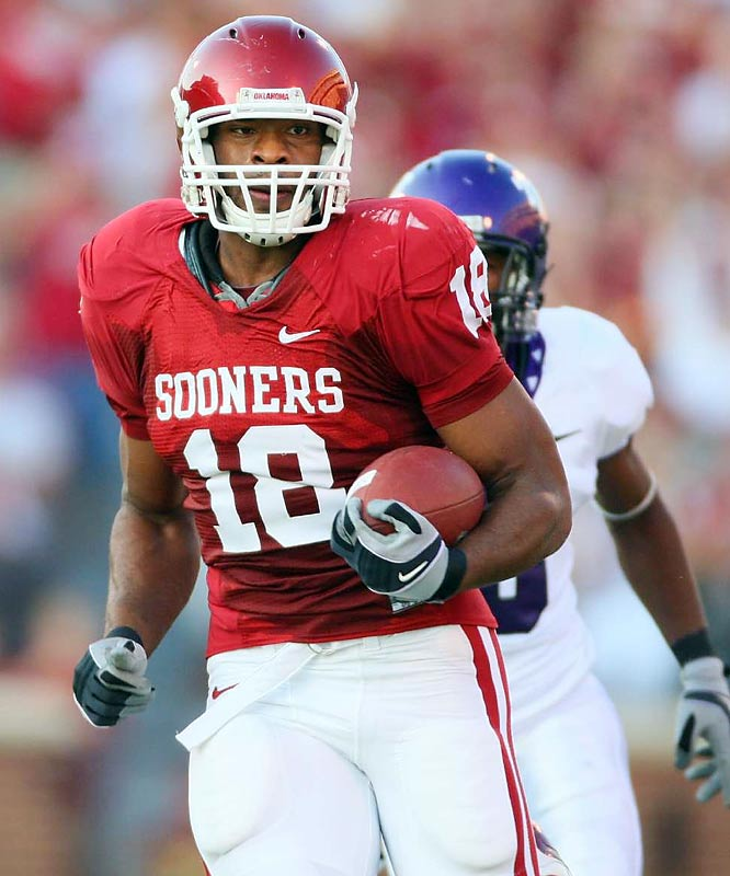 The Sooners managed 436 yards of offense against the nation's No. 1 defense, including 411 passing yards from Sam Bradford. But the star of the game was receiver Manny Johnson, who hauled in five passes for 206 yards and three touchdowns.
