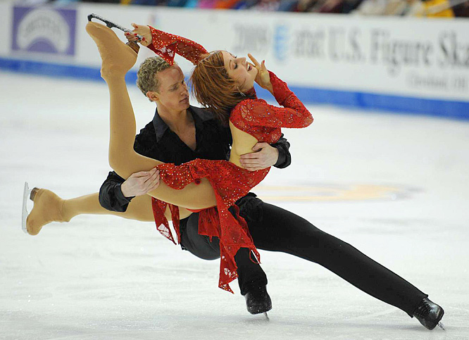 Emily Samuelson and Evan Bates perform their free dance.