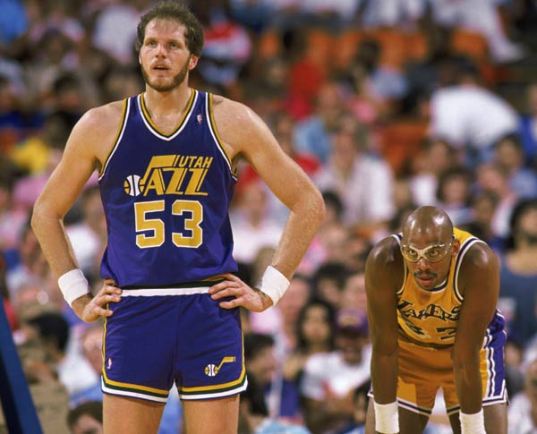 Utah's Mark Eaton blocks two shots in a 96-89 win over Seattle, becoming only the second player in NBA history (along with Kareem Abdul-Jabbar) to record 3,000 career blocks.