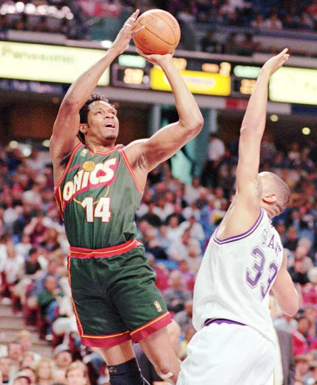 Seattle's Sam Perkins ties Jeff Hornacek's NBA single-game record by connecting on eight three-point field goals without a miss during the Sonics' 122-78 win over visiting Toronto.