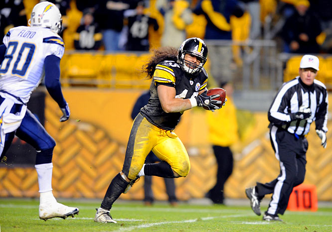 Parker ran for 115 yards and Reed kicked three field goals as the Steelers beat the Chargers 11-10 -- the first time in 12,837 NFL games that a contest ended in that score. Back from his shoulder injury, Roethlisberger threw for 308 yards.  Troy Polamalu returned an errant lateral 12 yards for an apparent touchdown on the final play, but the play was overturned on review -- it was called an illegal forward pass.