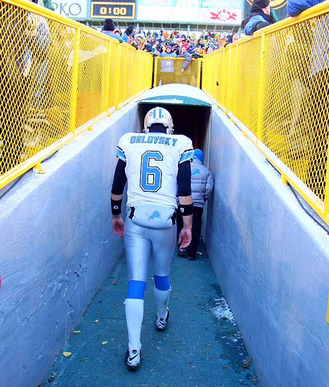 Say what you will about the Lions but it takes a special team to go 0-16, something that's never been done in NFL history. If you're going to be bad, you might as well be the worst ever.