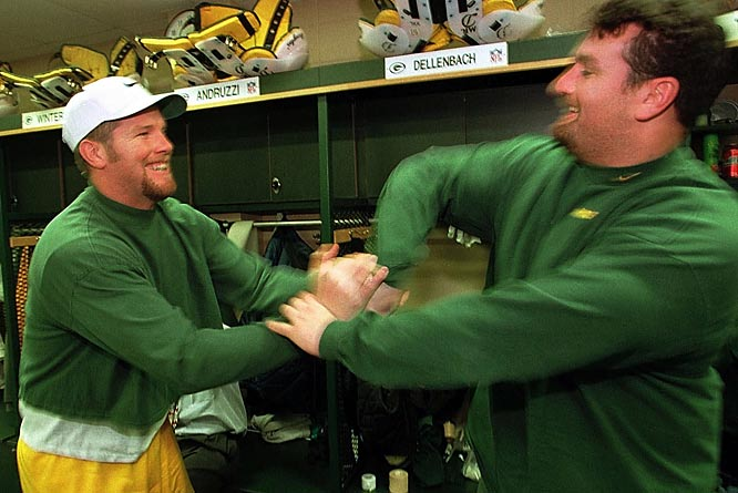 Green Bay QB Brett Favre and center Frank Winters have some fun in the locker room before Super Bowl XXXII against the Broncos.