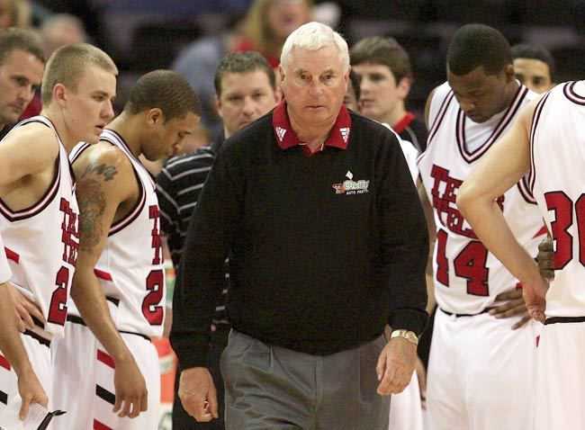 Texas Tech coach Bobby Knight records his 800th win as a coach when the Red Raiders defeat Nebraska, 75-49.