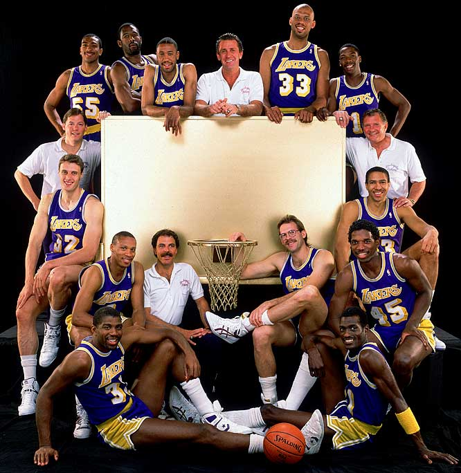 The 1988 Los Angeles Lakers pose for a team photo.