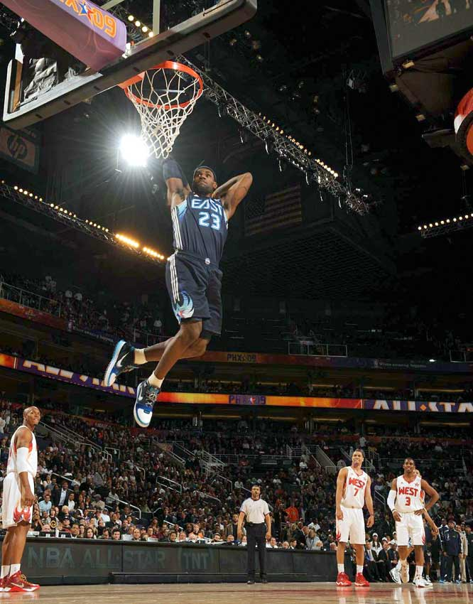 LeBron rocked the house with several thundering dunks. He finished with 20 points to lead the Eastern Conference.