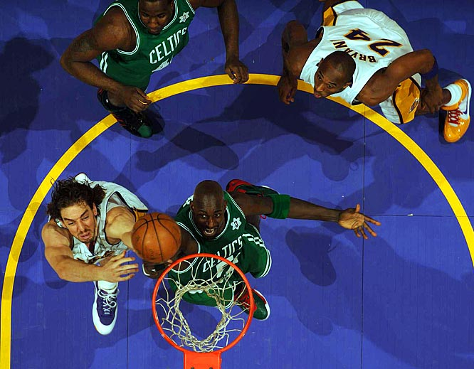 It's Round 2 in the regular season for last year's NBA finalists. The Lakers won on Christmas Day to snap the Celtics' 19-game winning streak. If Boston beats Philadelphia on Tuesday, it would enter Thursday's game with a 12-game winning streak.