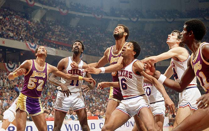 Dr. J boxes out Kareem Abdul-Jabbar during Game 4 of the 1980 Finals.