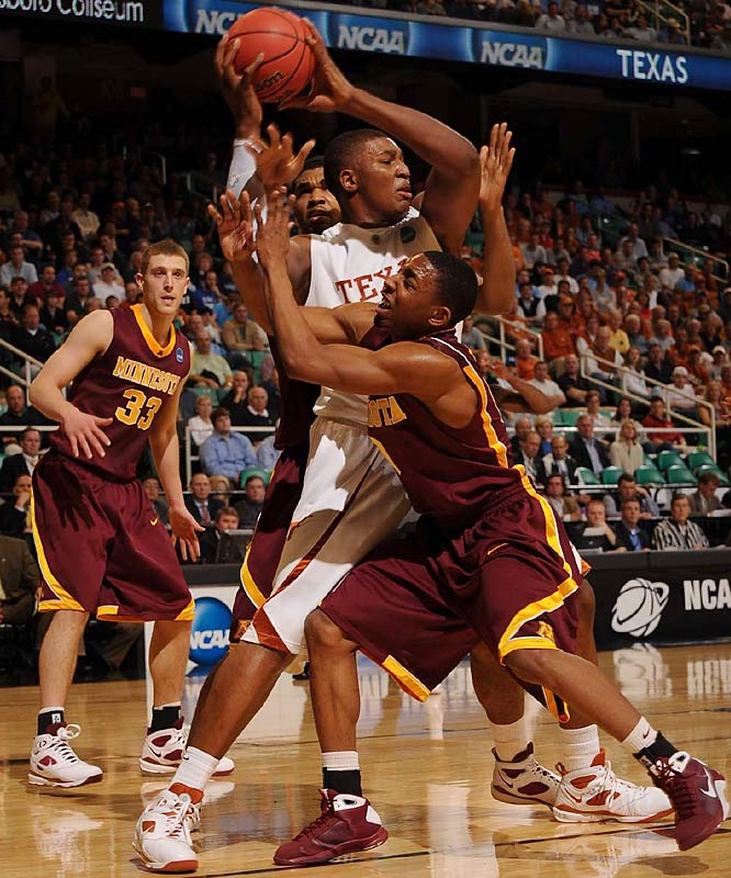 The Longhorns hit 11 of 20 3s to win their tournament opener for the fifth time in six seasons.