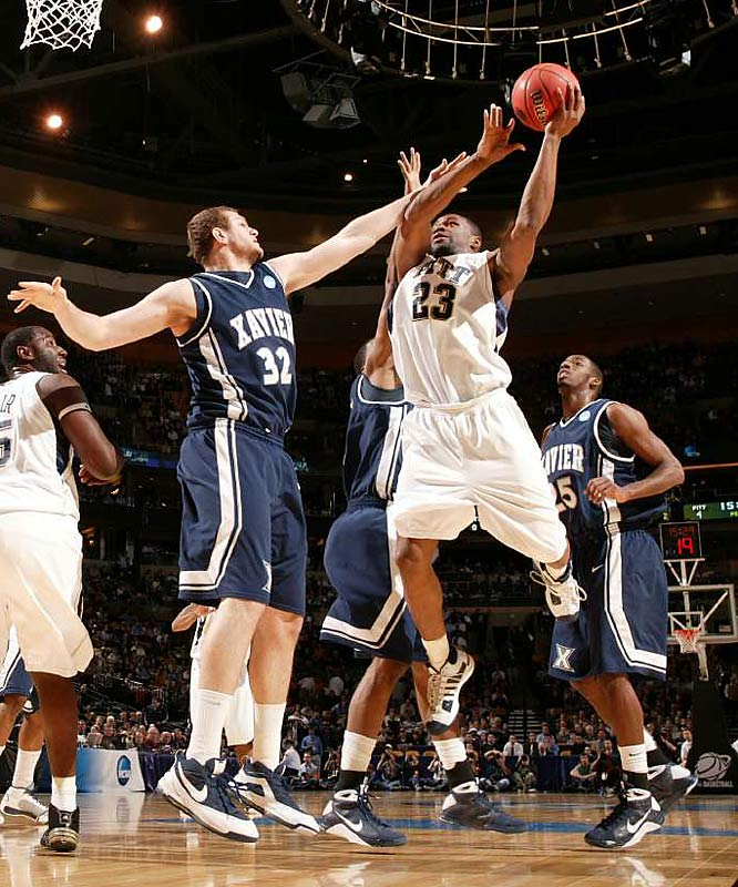 Sam Young (23) led Pitt with 19 points, Levance Fields had 14, and DeJuan Blair had 10 points and 17 rebounds in the East semifinal victory. The Panthers overcame an eight-point halftime deficit.