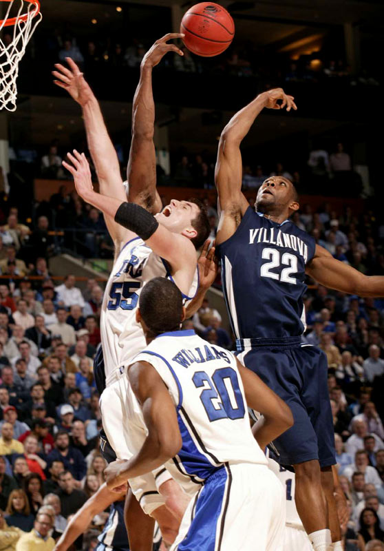 The Wildcats (29-7) will play Big East rival Pittsburgh (31-4), the top seed in the East, on Saturday for a trip to the Final Four.