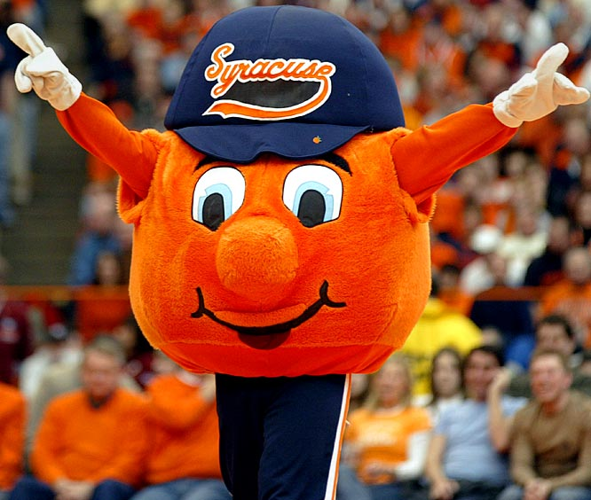 Radford an early favorite? Dayton a top-10 contender? When it comes to March Madness mascot fashion, Hollywood.com fashion maven Lien Ta says yes. Here's her ''Top-10 Best Dressed March Madness Mascots'' with 10-words-or-less commentary on each.<br><br>He asks, ''Orange you glad I'm wearing pants?'' (Yes!)