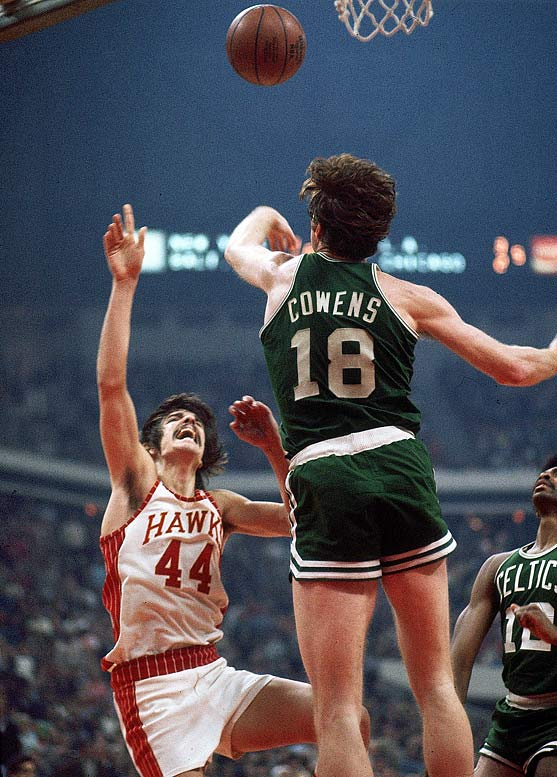The top four, in order, went Bob Lanier, Rudy Tomjanovich, Pete Maravich (left) and Dave Cowens -- that's three Hall of Famers and a five-time All-Star in Tomjanovich. Geoff Petrie (No. 8) shared Rookie of the Year honors with Cowens. Hall of Fame guards Calvin Murphy (No. 18) and Tiny Archibald (No. 19) were the first two picks of the second round.