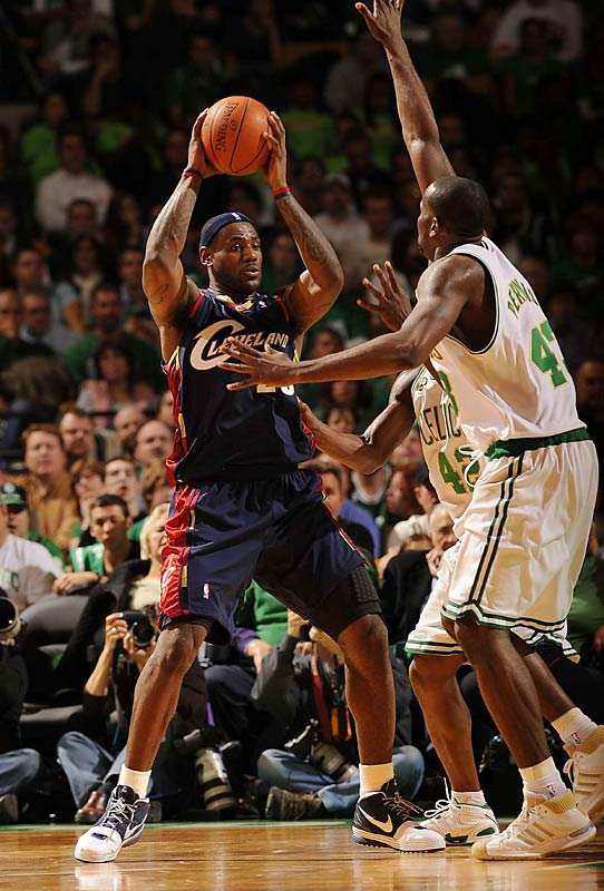 The winner takes a 2-1 season-series lead and moves closer to securing the head-to-head tiebreaker, which could come into play considering the teams entered the week all even atop the East. In their last meeting, on Jan. 9, the Cavs pounded the Celtics 98-83 behind LeBron James' 38 points.